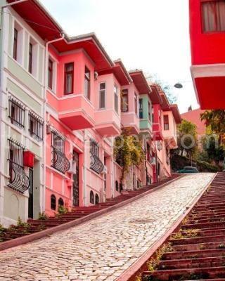 The Hidden Treasures of Istanbul