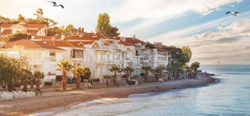 How to spend a perfect summer in Istanbul?