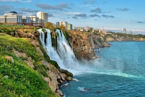 Antalya Muratpasa, the central district for buying property in Antalya