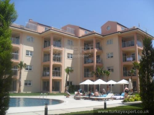 Sea view lease-back apartment - rental guaranty