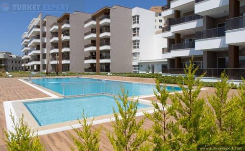 2-bedroom city center residence in Kusadasi with underground parking
