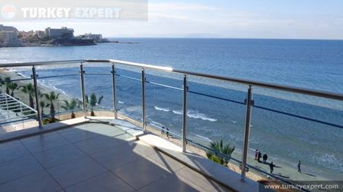 Large apartment right on Ladies Beach Kusadasi