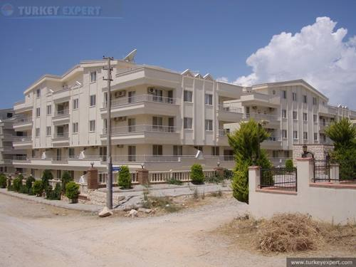 Fully furnished 2-bedroom apartment in Didim Altinkum