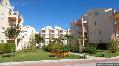 Beautiful, fully furnished apartment with rental return on Kusadasi Golf Resort