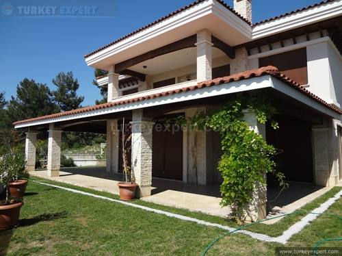Beautiful villa in Kusadasi Sogucak with private parking and garden