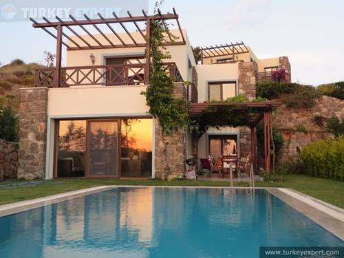 Beautiful detached villa with private garden and pool in Gumusluk Bodrum