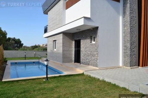 Villa project in Ladies Beach area of Kusadasi