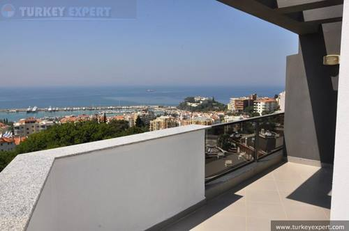 Stylish Marina penthouse apartment in Kusadasi
