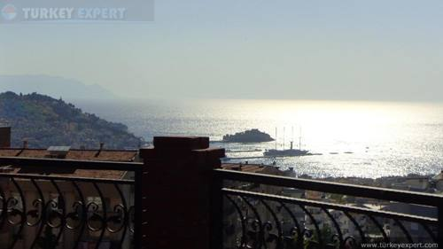 Seaview penthouse apartment in the city center of Kusadasi