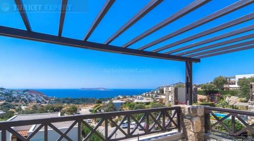 Holiday apartment with sea views for sale in Bodrum