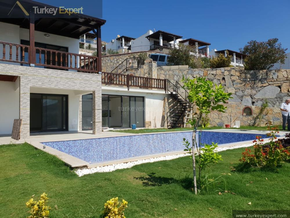 Villa With Private Pool And Fantastic Sea Views For Sale