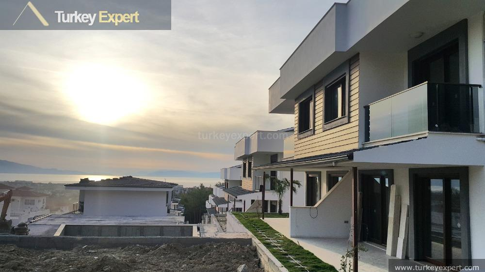 new sea view villas with6