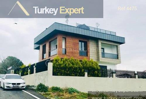 Luxury detached villa for sale in Istanbul with private garden
