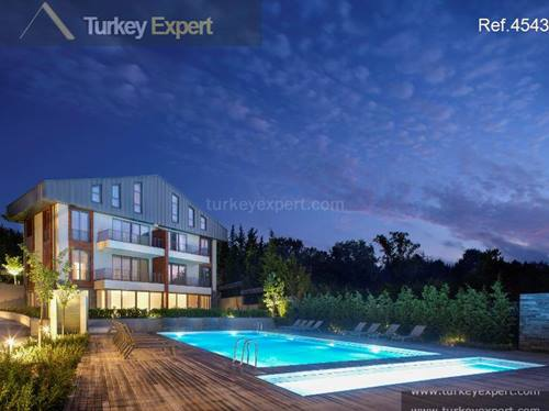 Garden and roof duplexes in an elite Kemerburgaz community, Istanbul