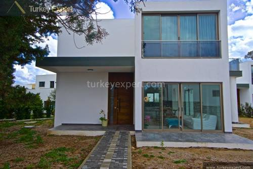 New, modern 3-bedroom villa with 1 bedroom on the ground floor,  in Bodrum Gumusluk