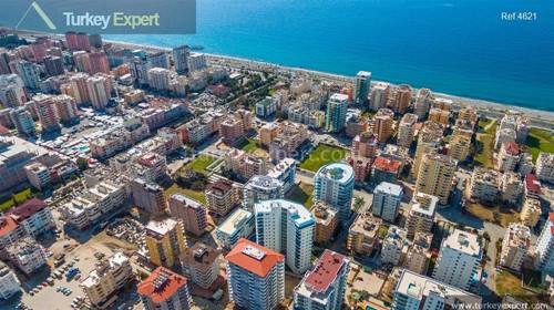 Two blocks with variety of apartments close to Mahmutlar Alanya beach