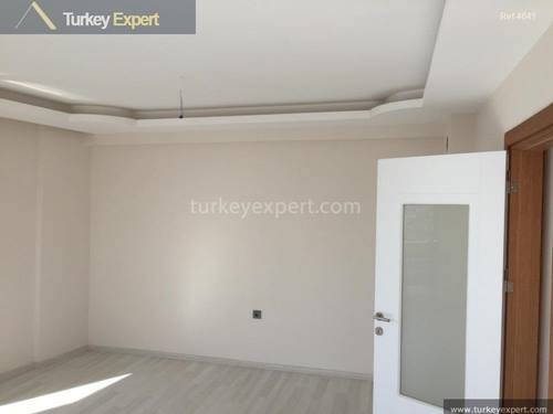 New built apartments in Izmir Karabaglar ready to move in or to rent out