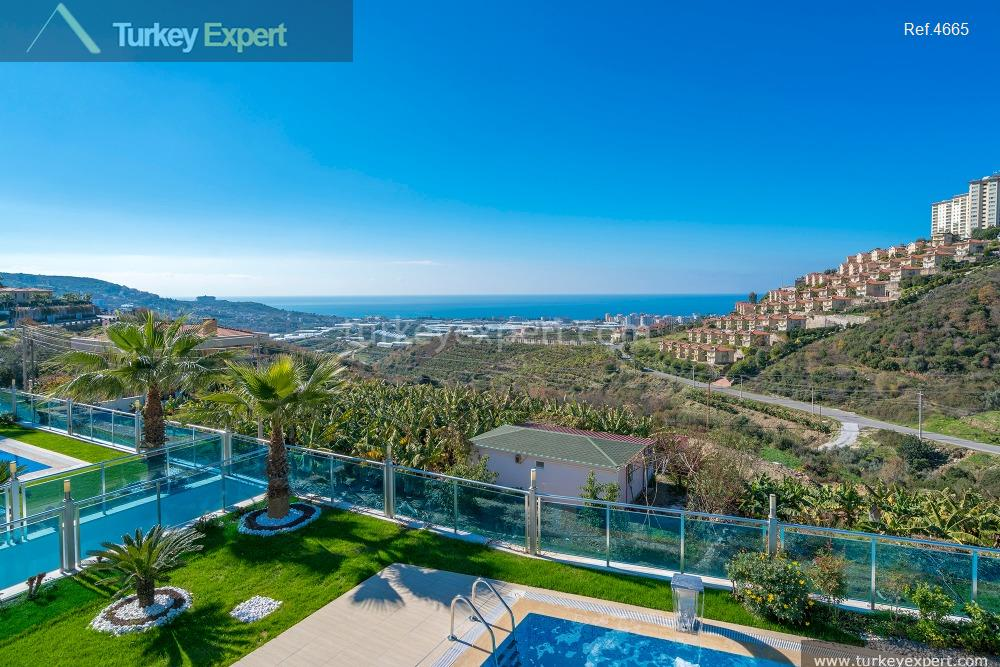 luxury villa for sale in11