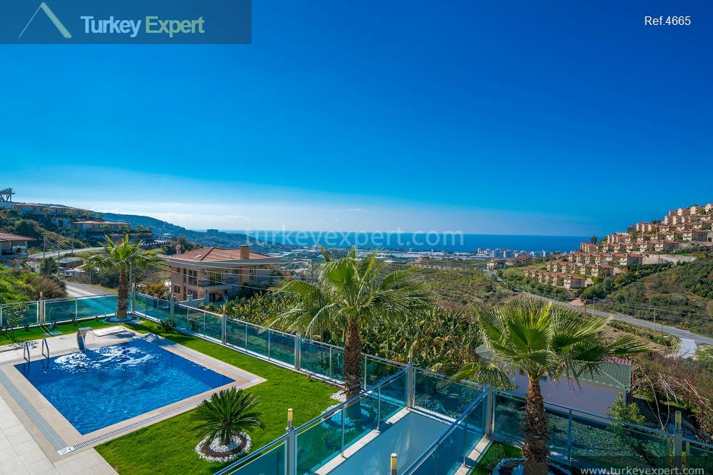 luxury villa for sale in12
