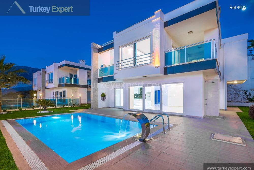 luxury villa for sale in3