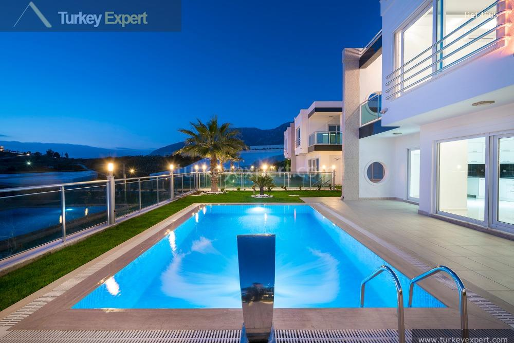 luxury villa for sale in5
