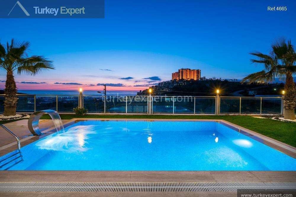 luxury villa for sale in6
