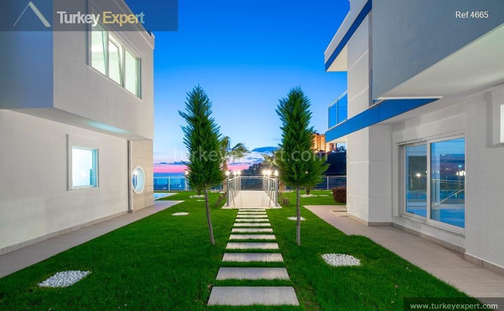 luxury villa for sale in8