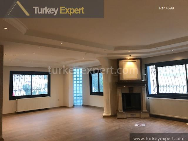 spacious private villa in izmir19