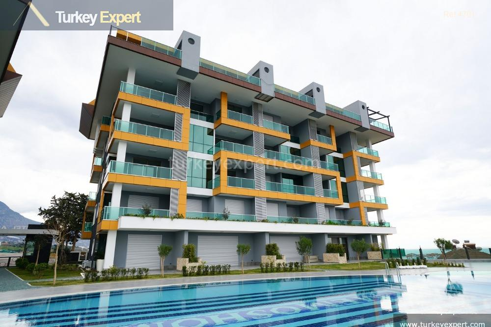 apartments with sea views for4
