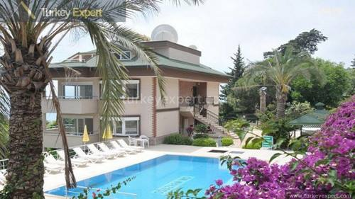 Apartments for sale in Alanya with 3 bedrooms, beautiful views and peaceful location