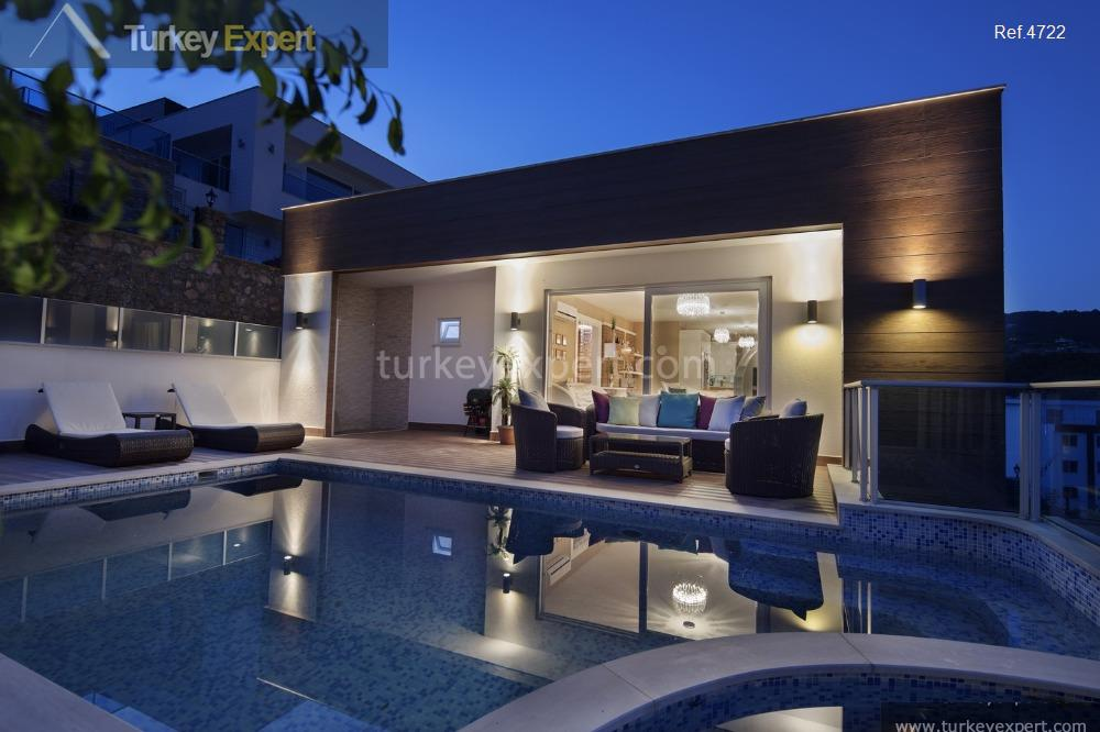 1spacious villas with private pools4