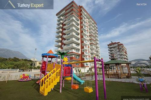 Affordable apartments in Alanya with swimming pool and good public transport links to the center