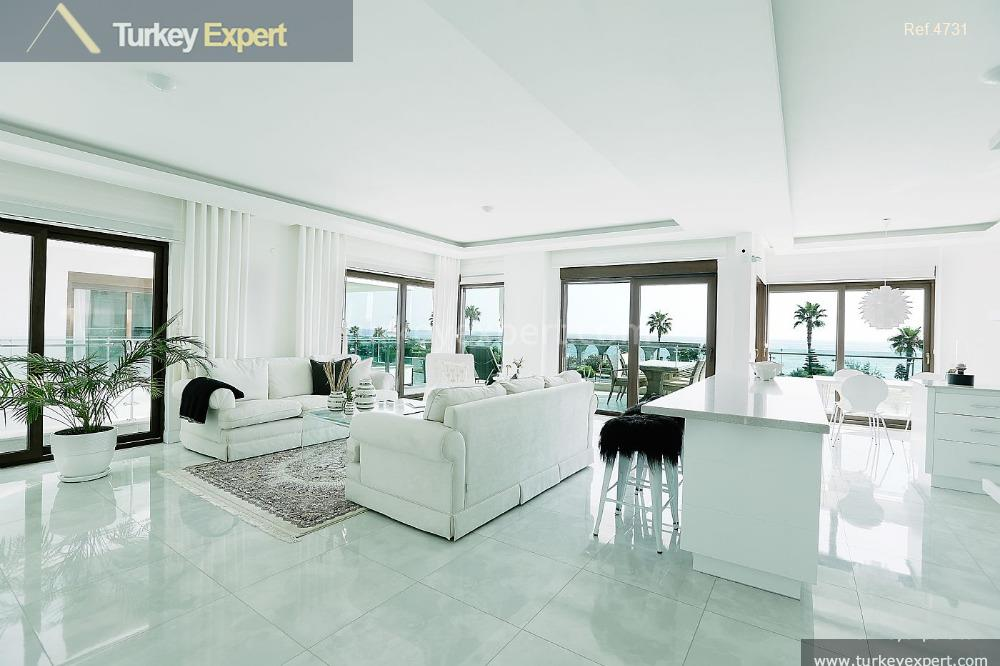 spacious apartments for sale in5