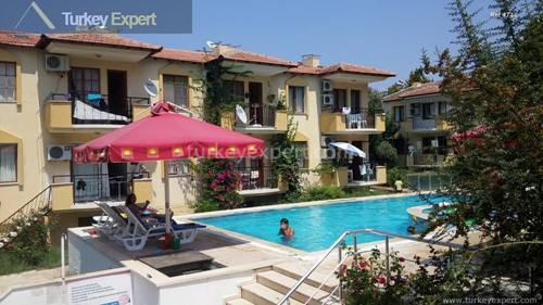 Holiday apartment for sale on a complex with swimming pool, near the beach