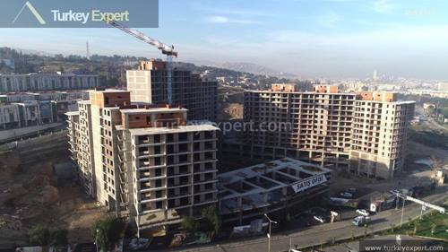 Apartments for sale in a new residential project in Izmir, payment plans available
