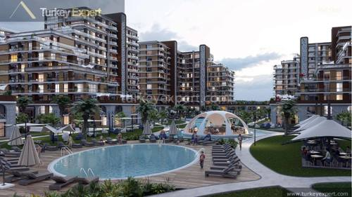 Apartments for sale in Istanbul Beylikduzu, large size project with special architecture