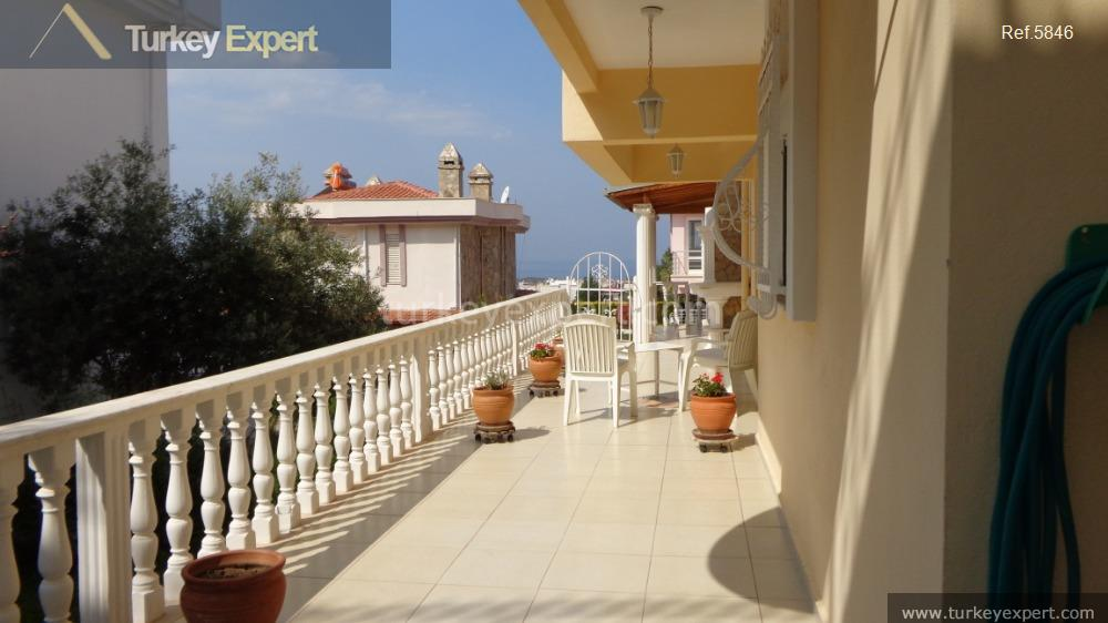 detached villa for sale in14
