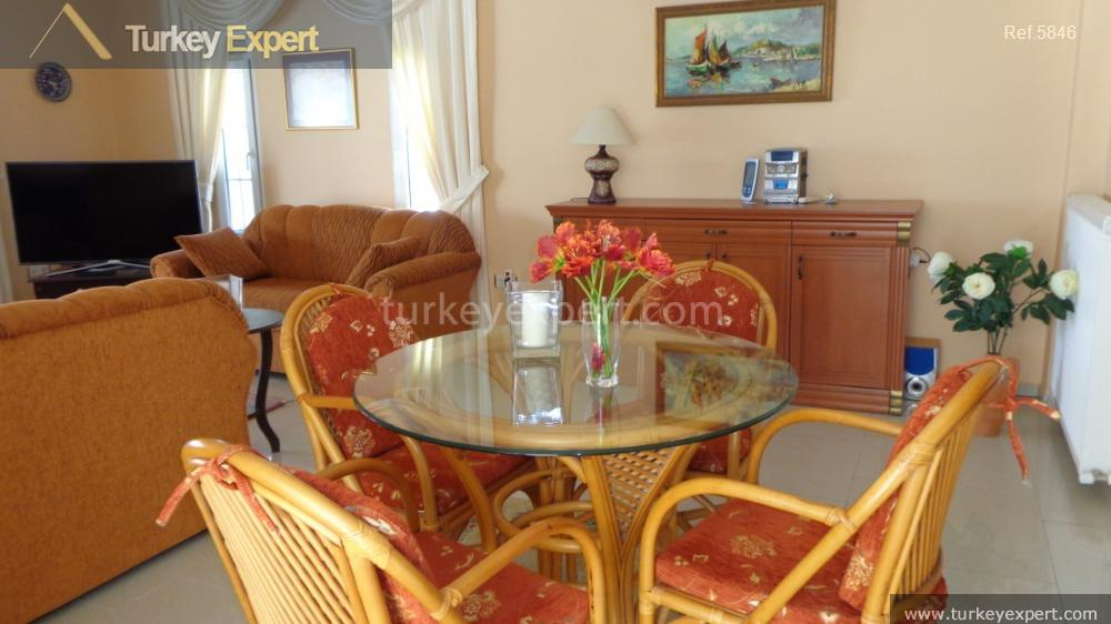 detached villa for sale in18