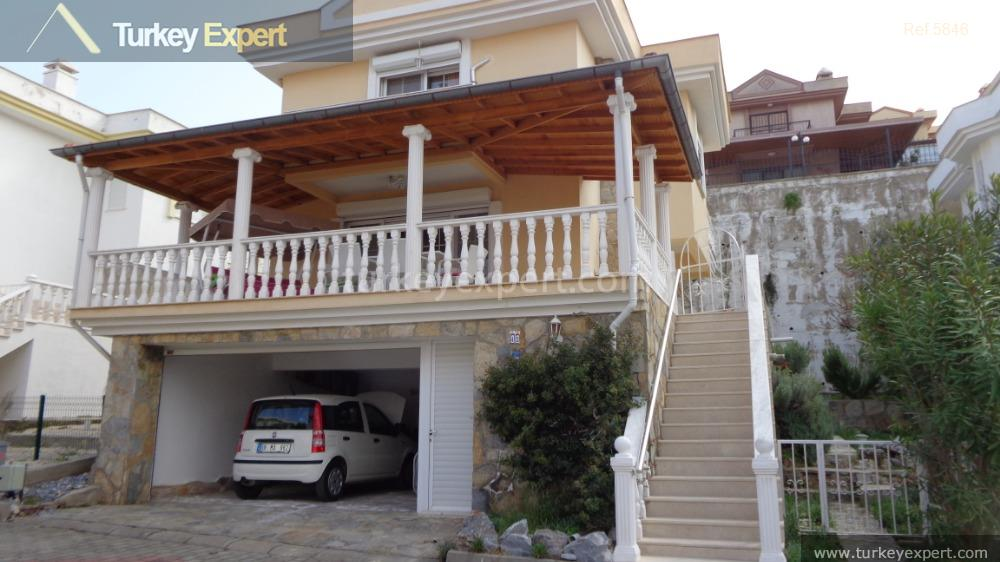 detached villa for sale in2