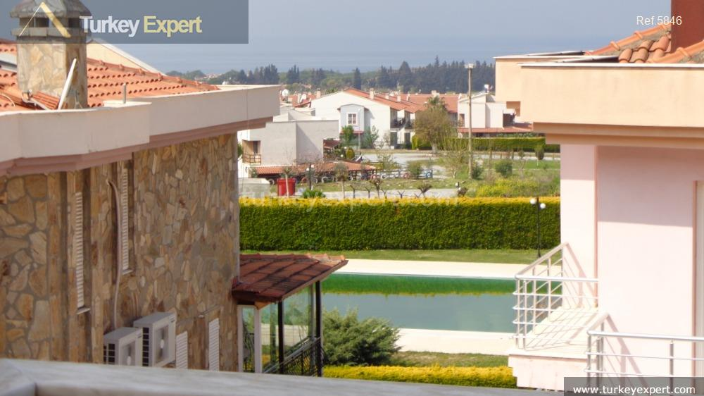 detached villa for sale in36