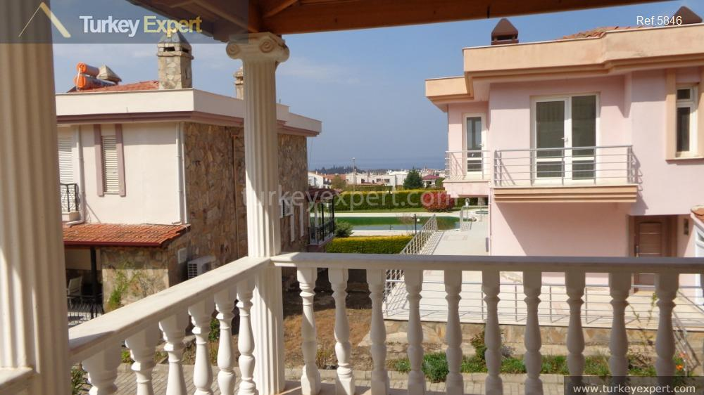 detached villa for sale in6