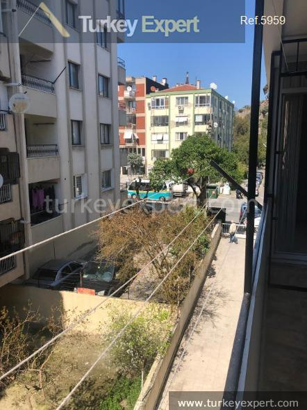 karsiyaka apartment in izmir in1