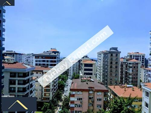 Apartment in an elegant neighborhood near Fenerbahce in Istanbul