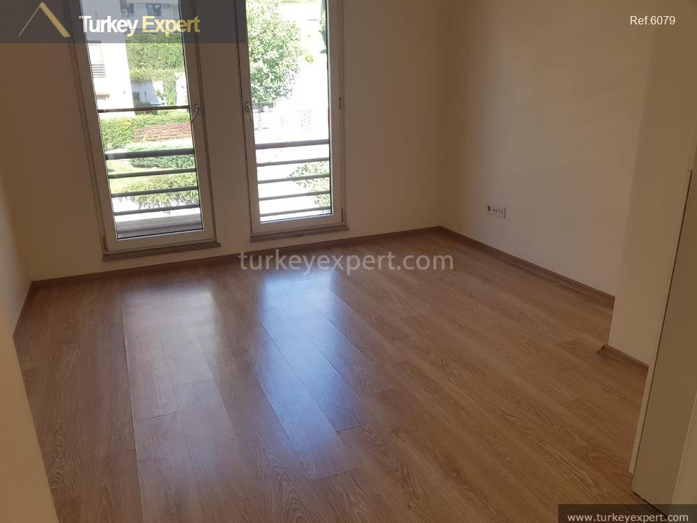 spacious waterfront apartment for sale6