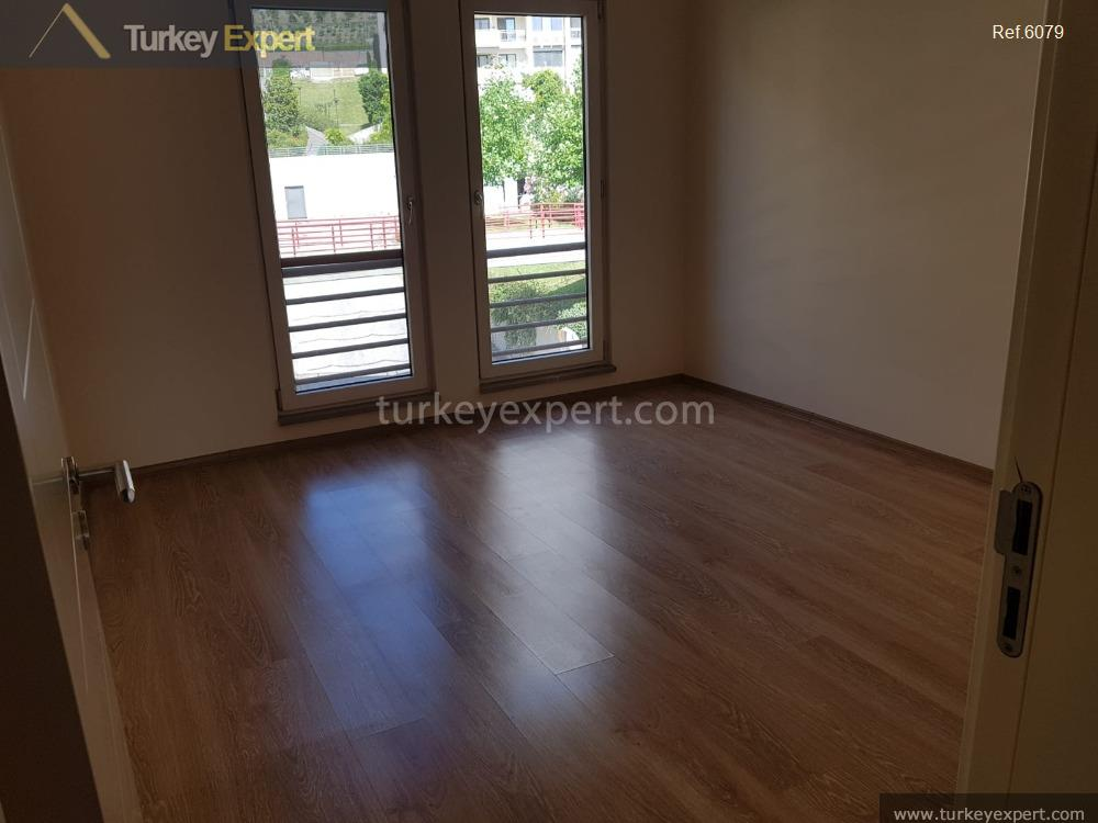 spacious waterfront apartment for sale8