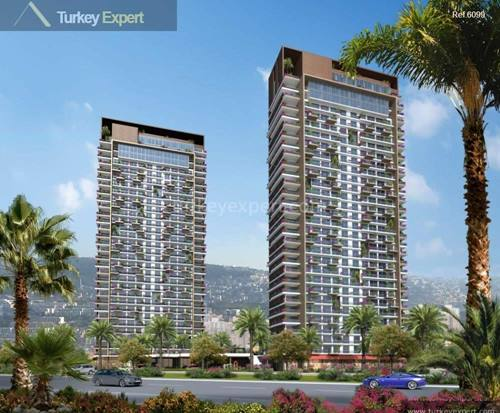 New unique apartments in Izmir, towers with sea views and payment plan