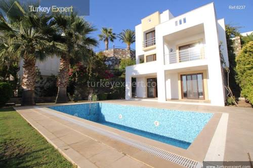 High-end villa for sale in Bodrum with private pool and sea views