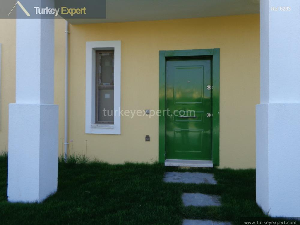 2bedroom apartment with garden and2