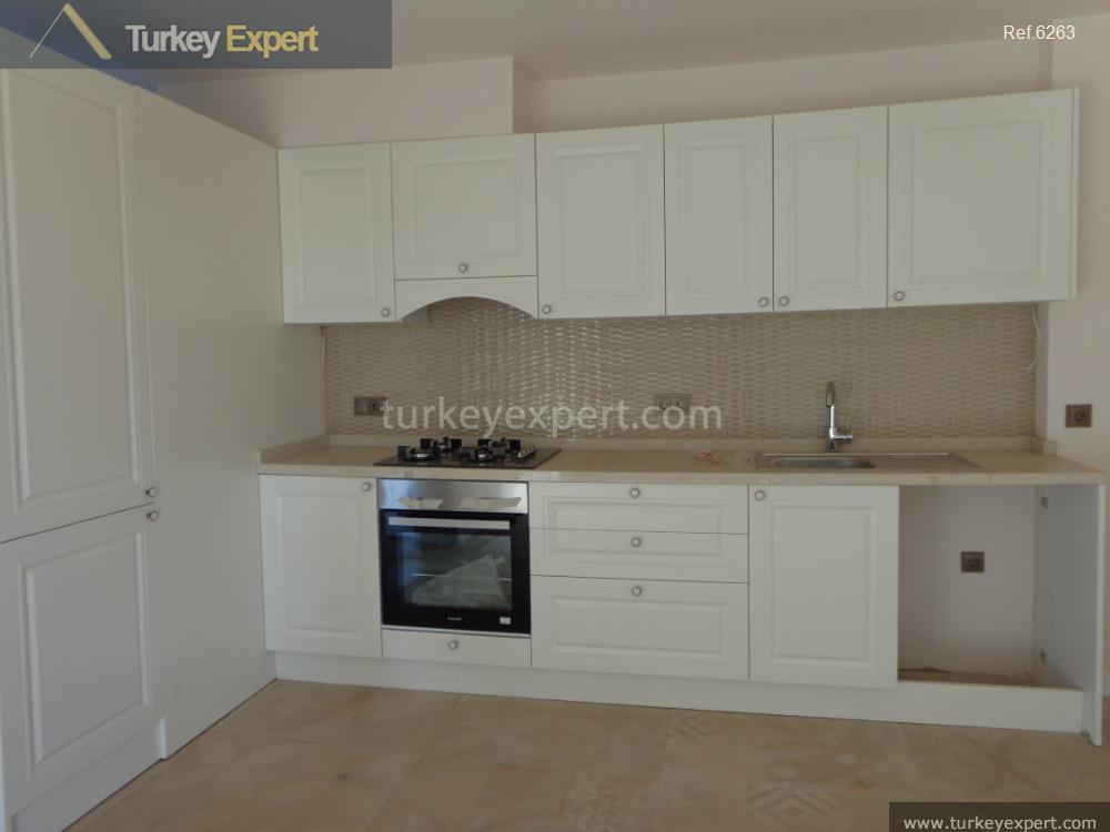 2bedroom apartment with garden and7