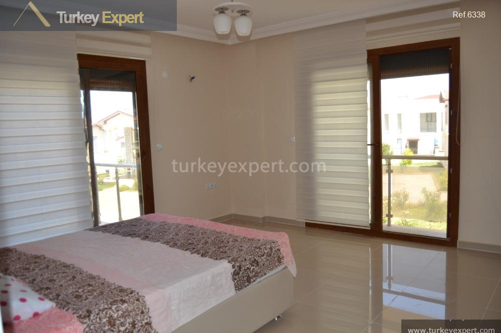 spacious detached villa on villa9